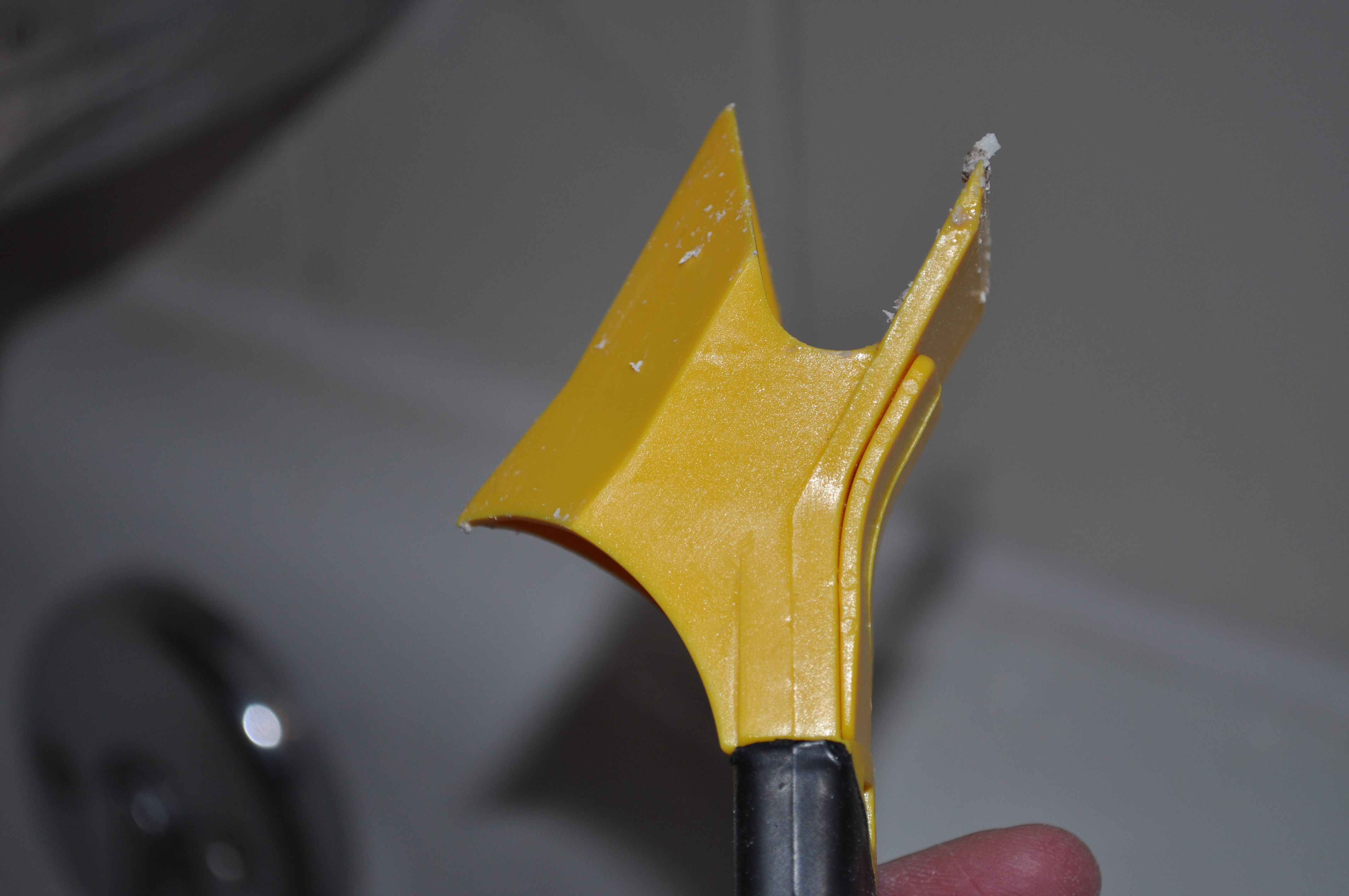Bathroom caulk remover - Handy Little Caulk Remover Tool Careful It S Sharp